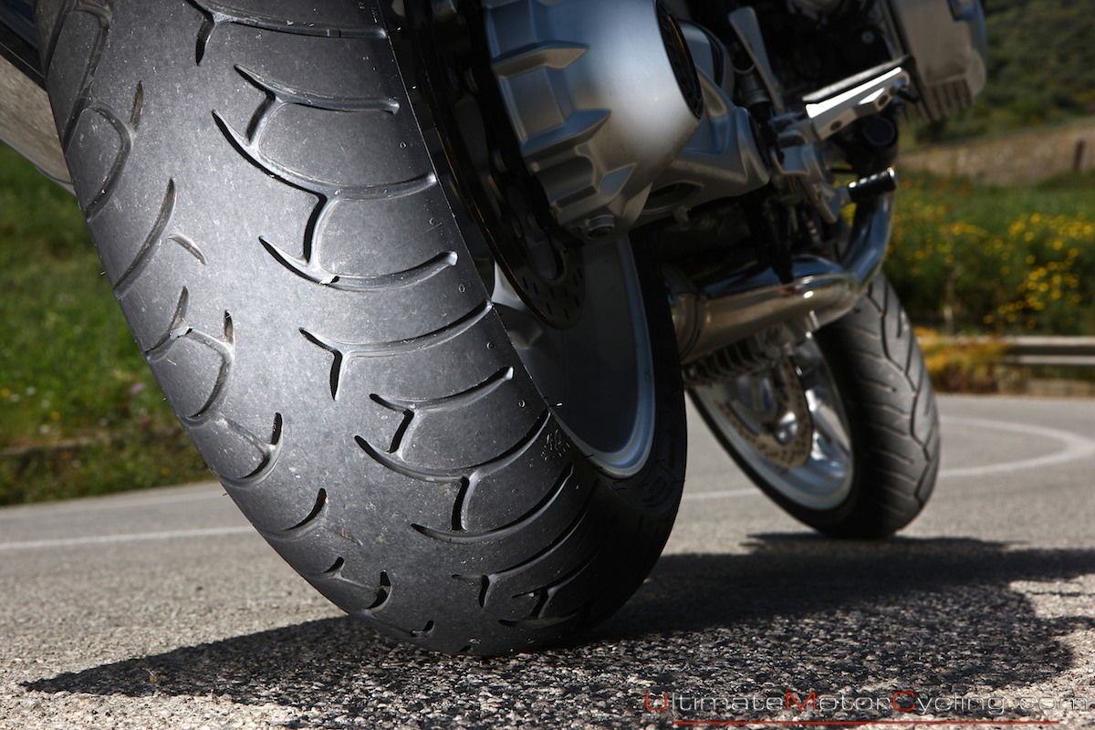motorcycle-tires